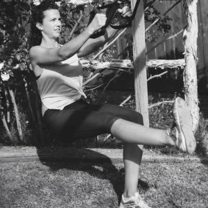 single leg trx-squat